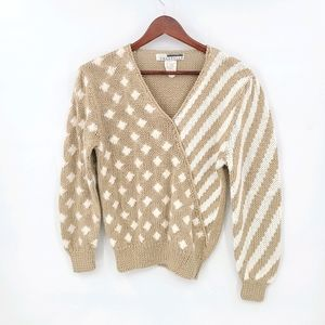 Vintage Two Tones and Design Waist Length Sweater